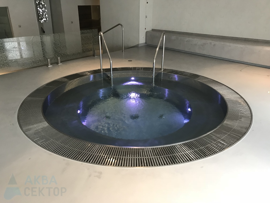 Stainless steel hot tube ROUND